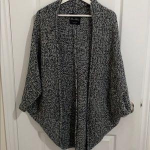 Zara knit cardigan/shrug